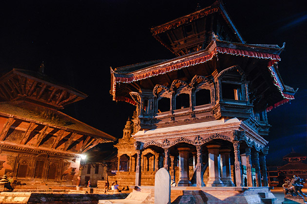 Nightlife in Nepal – Bars, Night Shows & What to Do