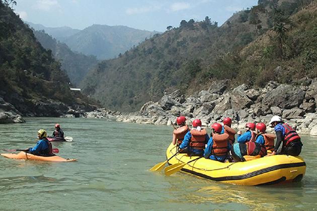 Rafting along the Trishuli River