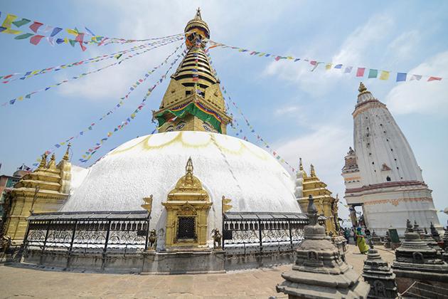 Nepal Golden Triangle – Kathmandu, Chitwan & Pokhara – 8 Days