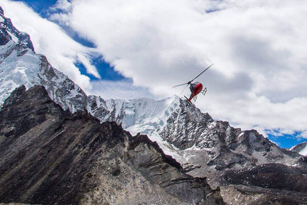 everest helicopter - tours to nepal