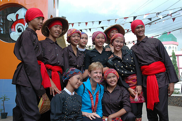 Maruni nritya - traditional dance in nepal