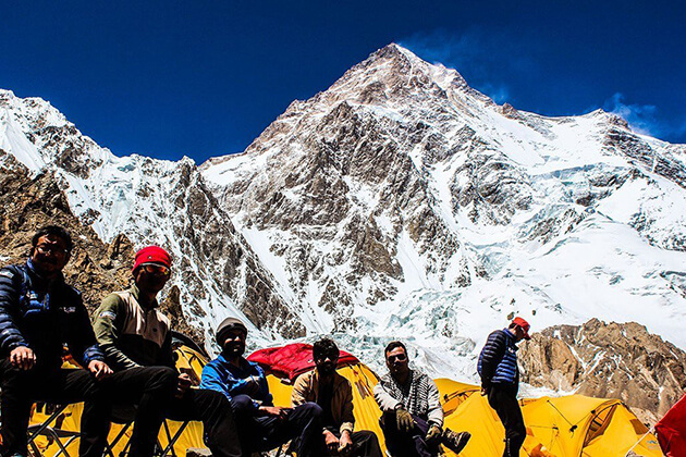 island peak base camp - nepal trek packages
