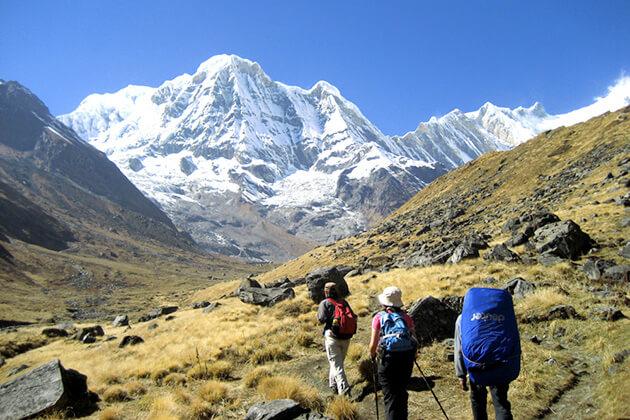 autumn - good season for trekking nepal