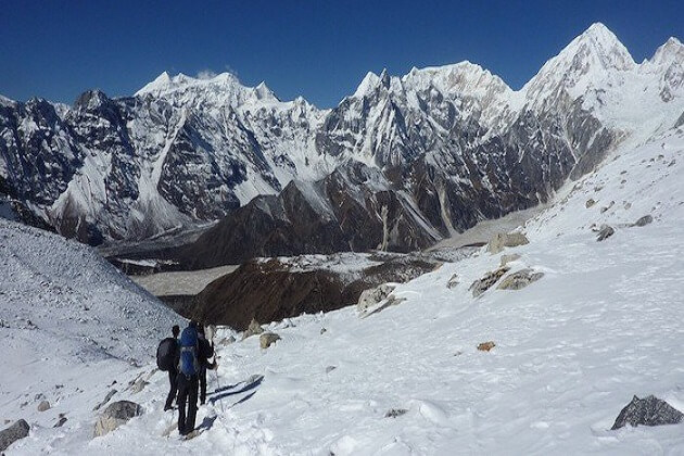 langtang trekking - nepal trekkingpackages