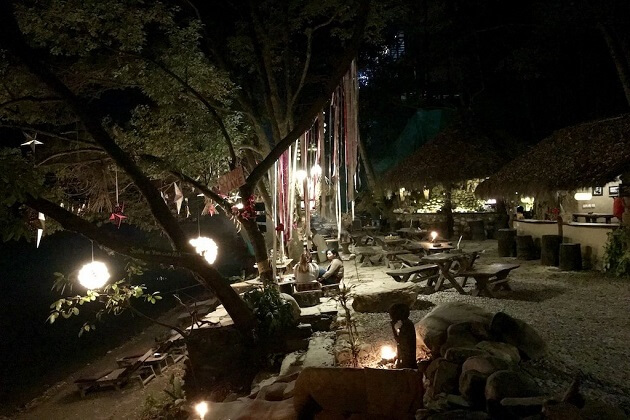 Krazy Gecko Bar - restaurants around pokhara