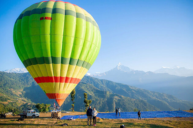hot air balloon - 10 best things to do in kathmandu